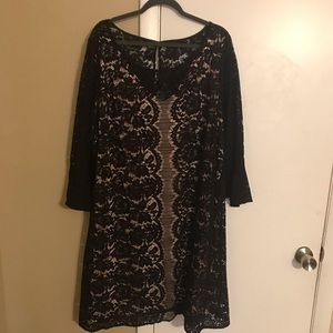 Lace Dress with lining